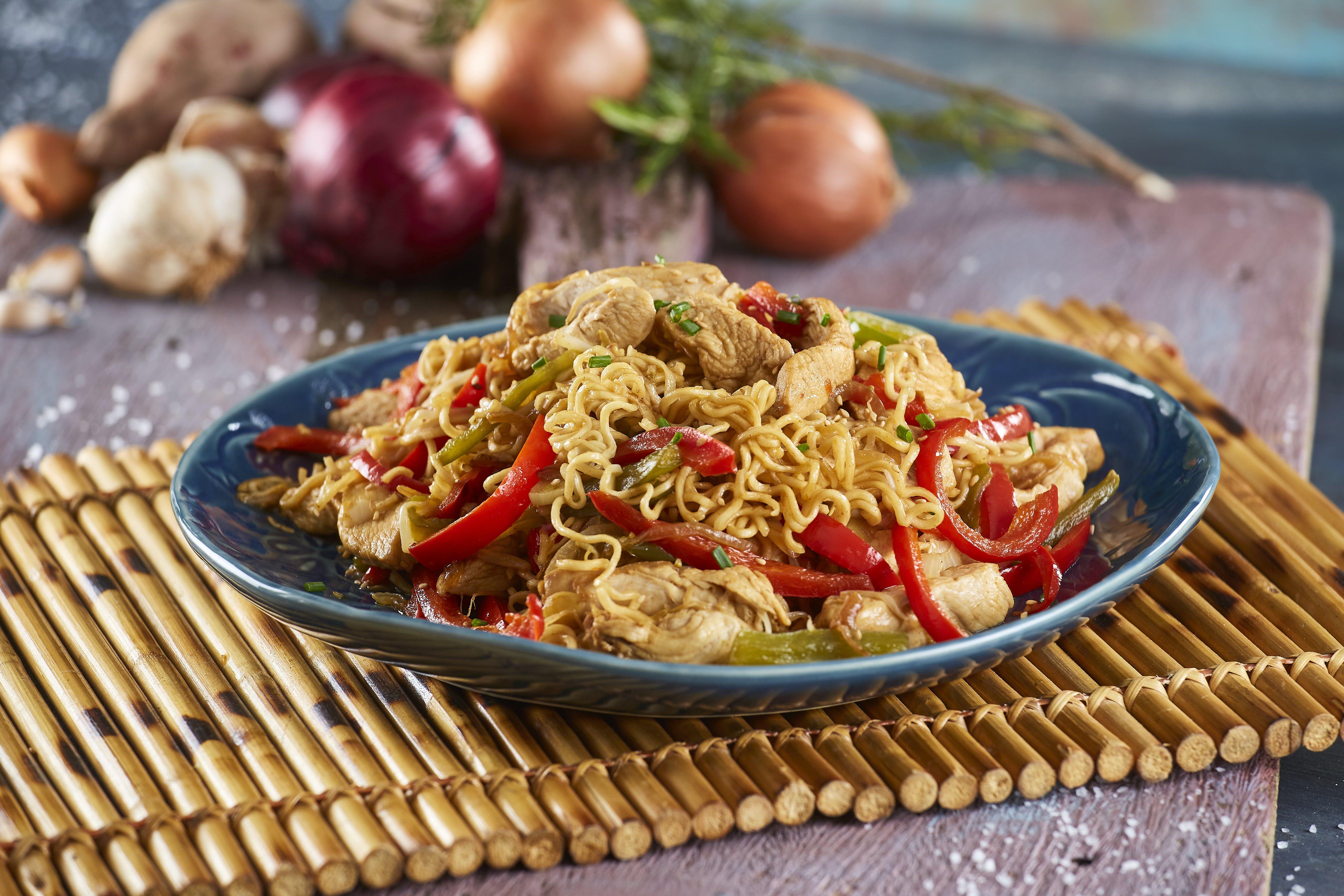 Esparguete com temperos orientais CHMM 12