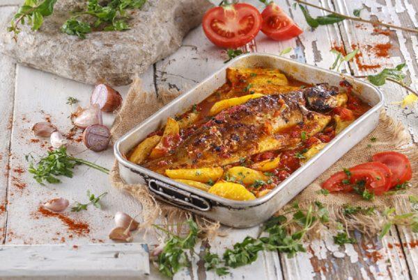 Peixe no forno a portuguesa CHFB 17