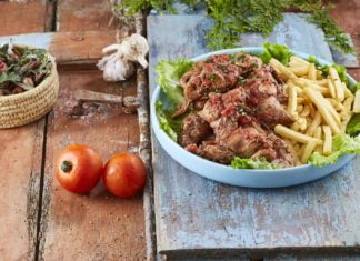 Coelho-estufado-com-batata-frit