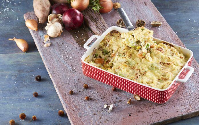 Fusili-com-atum-e-legumes-gratinado-no-forno