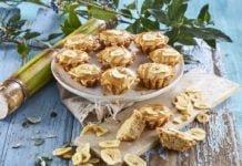 Queques-de-banana-amendoim-e leite-condensado-cozido