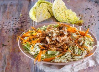 salada de frango asiatico