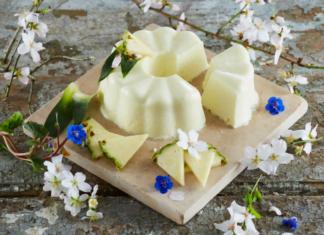 Pudim cremoso de ananás