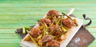 Picadinho de forno com batatas e espargos