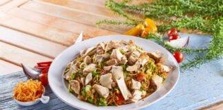 Salada de salmão grelhado e abacate - @TeleCulinária