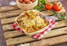 Empadão de salsichas com ovos mexidos -@Teleculinária
