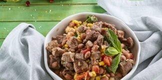 Picadinho de carne com feijão e milho - TeleCulinária