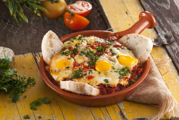 Ovos com tomate à algarvia - @TeleCulinária