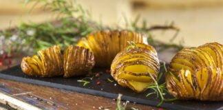 Batata laminada com alho e alecrim