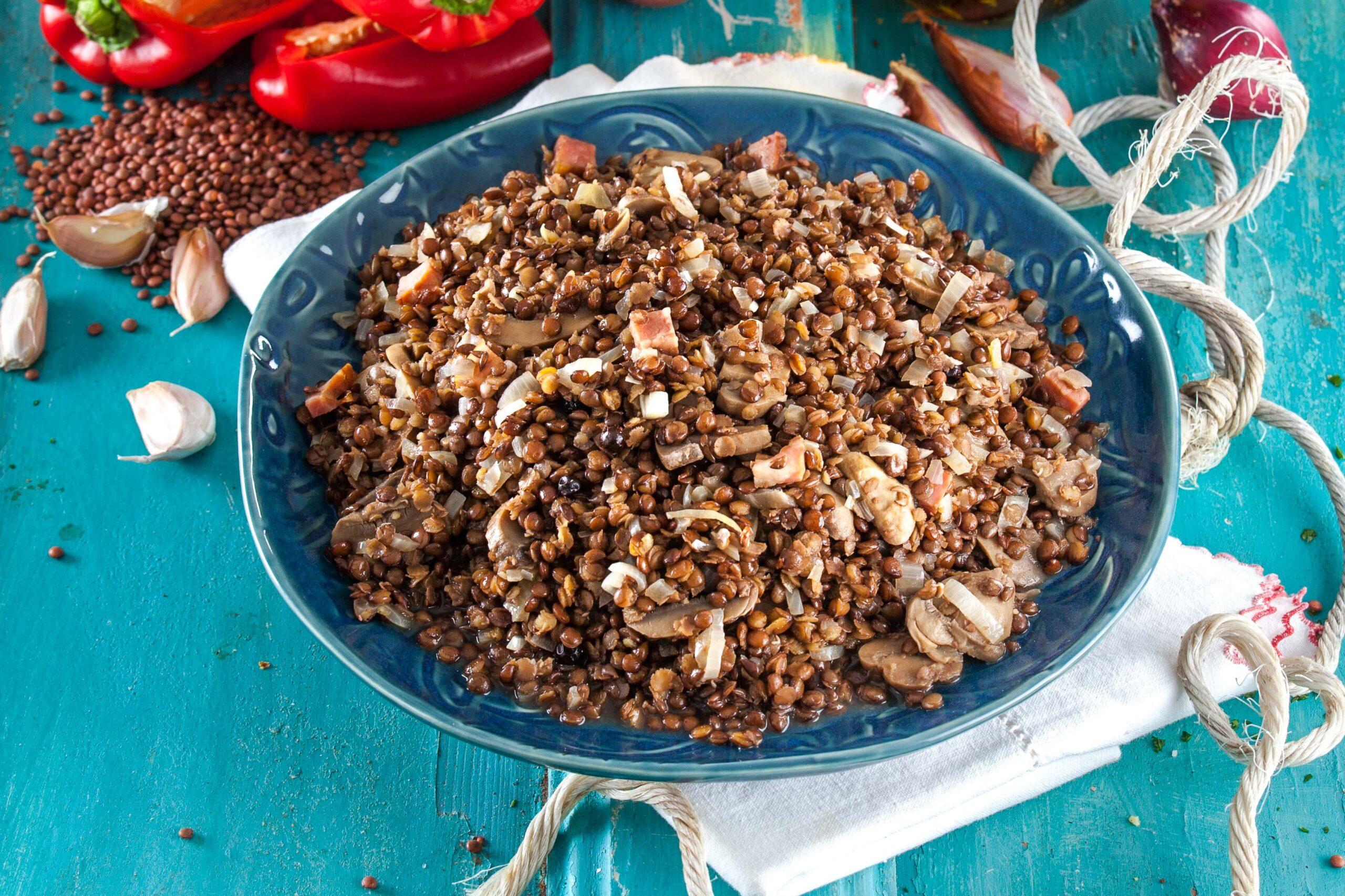 Estufado de lentilhas e cogumelos