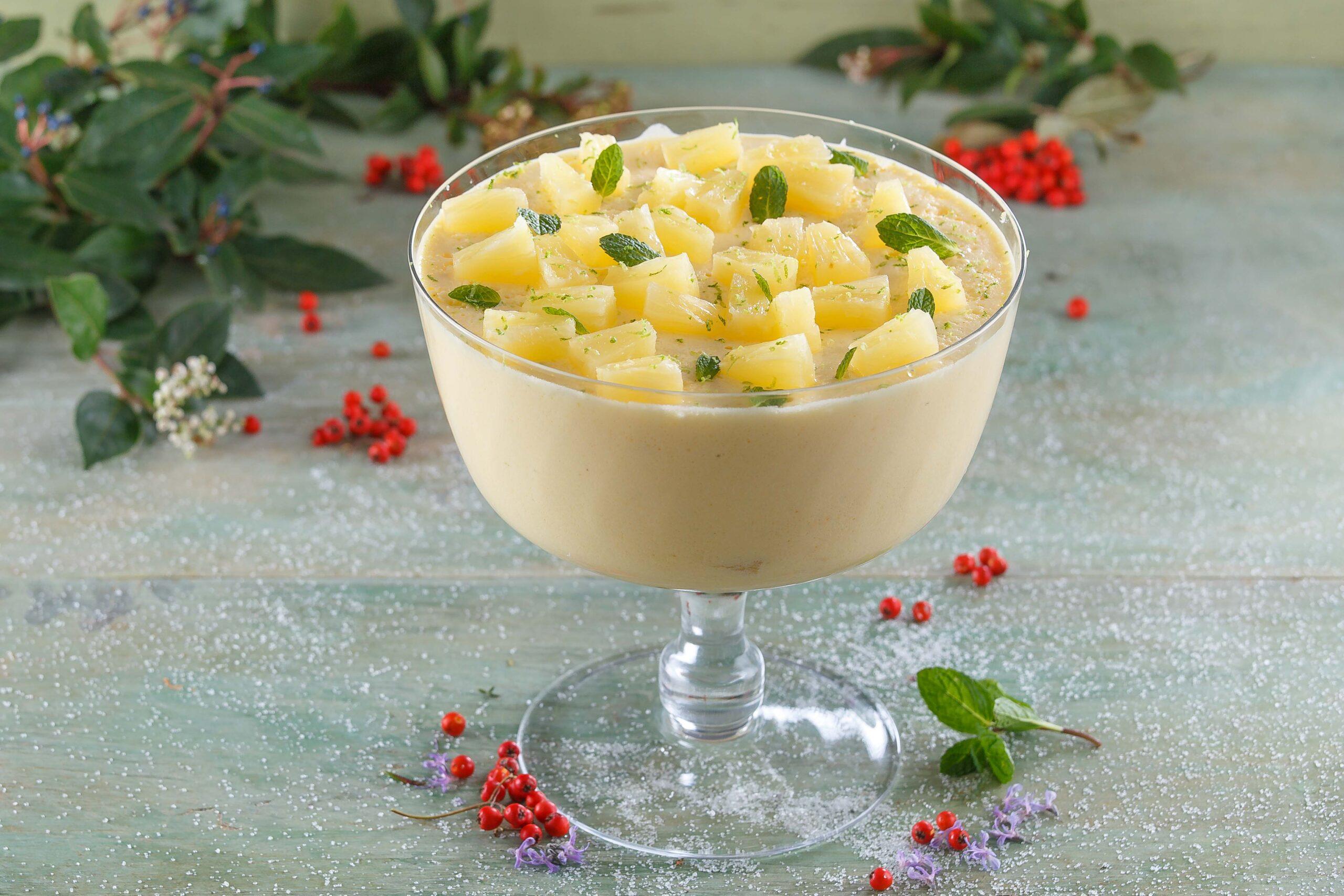 Mousse de ananás e hortelã