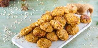 Nuggets de frango com cenoura e aveia